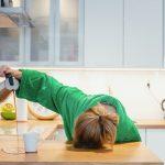 仕事中の眠気はなぜ?睡眠の仕組みと日中の眠気の対処法!